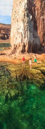 Snorkeling at Espiritu Santo island