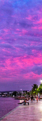 Malecon purple sky