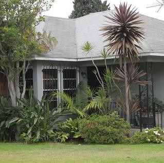 Sold! Gratulations Kevin and Cheyanne.  2501 12th Ave