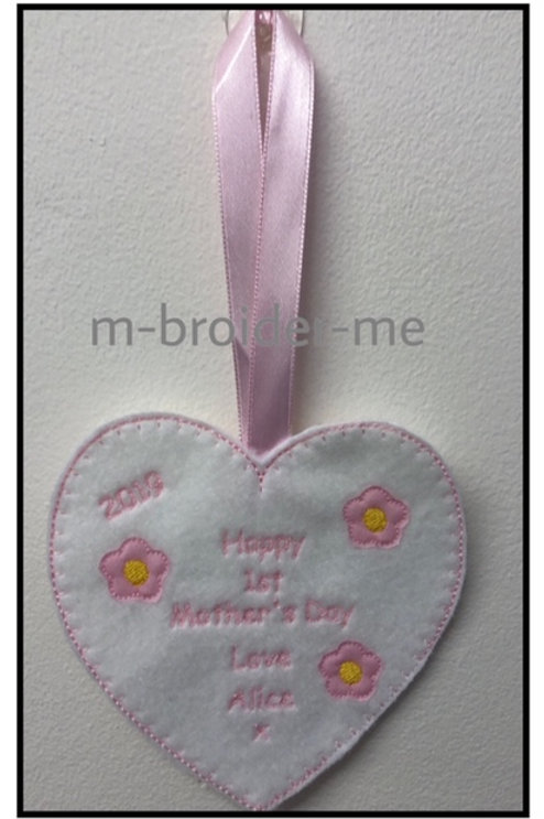 Mothers Day Heart Hanger