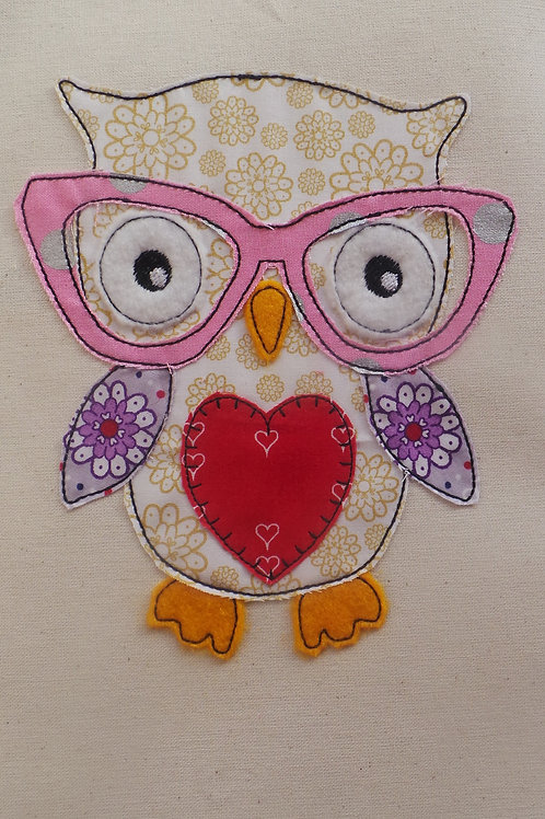 Raw Edge Applique Owl with Glasses Design