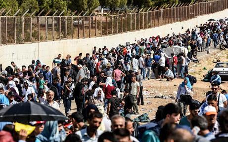 80 milioni di persone in fuga. Scappano da fame, miseria guerre e cambiamenti climatici