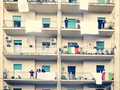 Dai balconi, lenzuoli contro la mafia