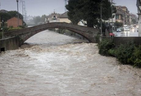 Maltempo sull'Italia: trombe d'aria, allagamenti e grandine