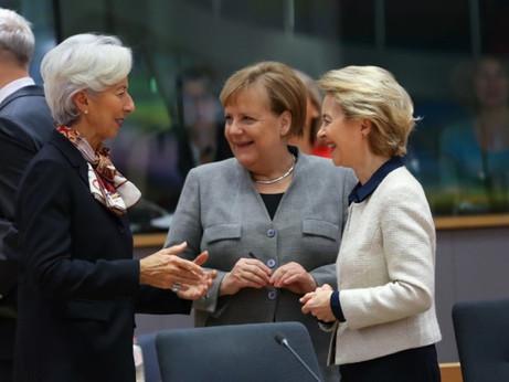 Tre donne sull'orlo di una crisi di nervi guideranno l'Europa