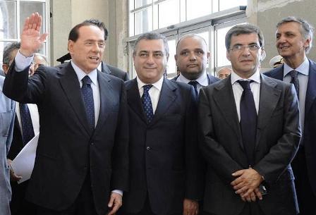 Maxi-operazione anti camorra: indagato il senatore Cesaro