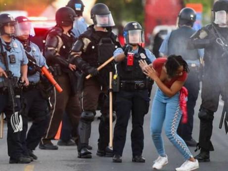 L'America delle disparità è in fiamme