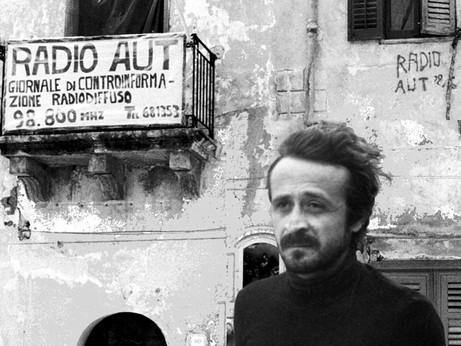 La memoria fa vivere Impastato, giornalista scomodo non solo alla mafia