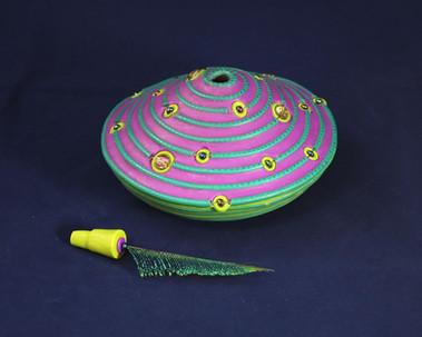 Peacock Galaxy Pot - Detail