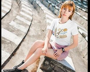 Femme52 P2.jpg