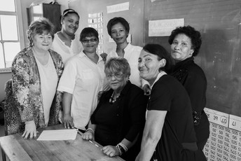 Director & Coordinator Sonja Cilliers with a group of MathMoms
