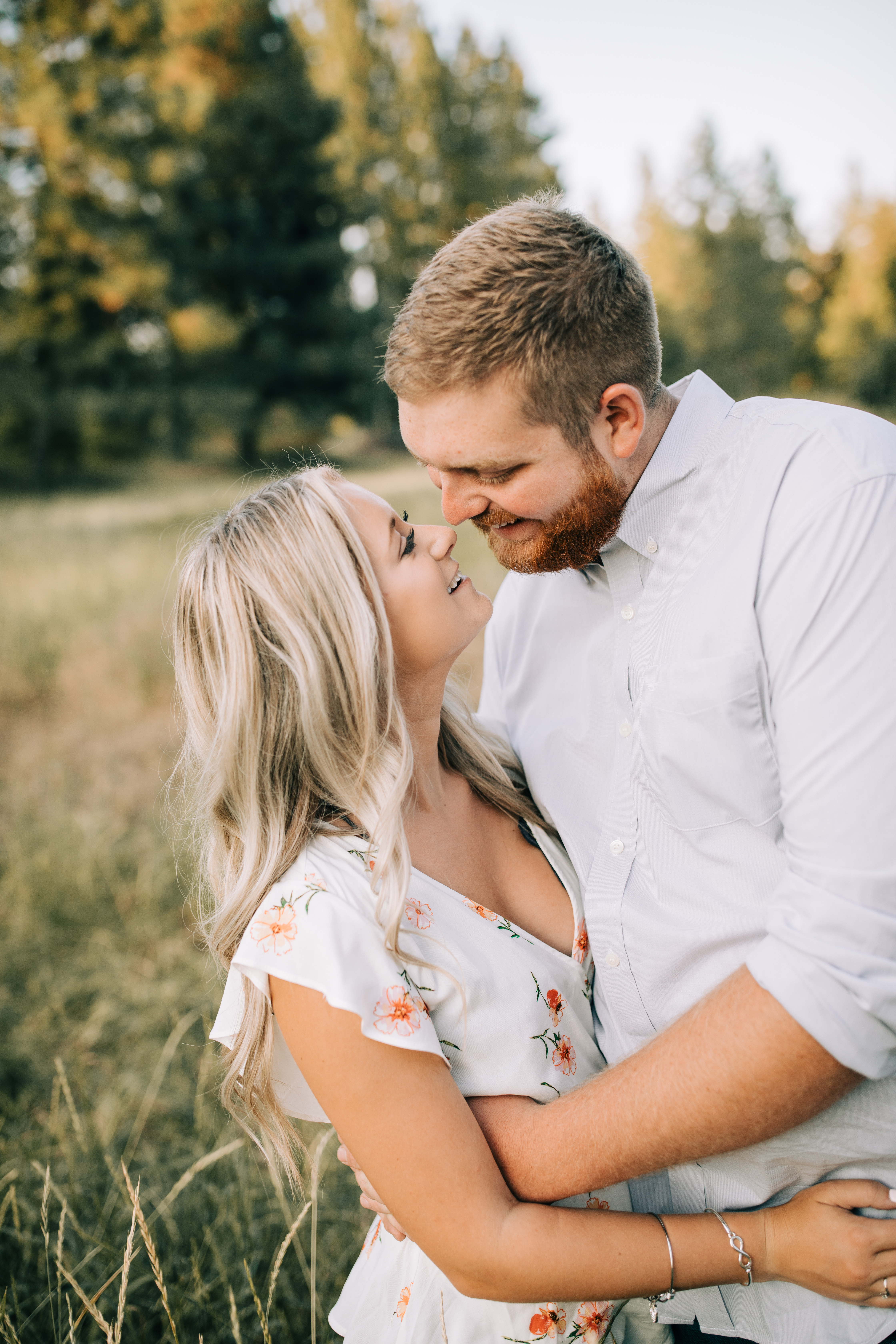 manito park engagement session
