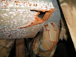 Rusty-Ductwork-below-Furnace.jpg