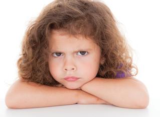 Ayudando a sus hijos a manejar su propio enojo