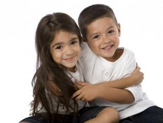 Cómo fomentar el vínculo entre hermanos