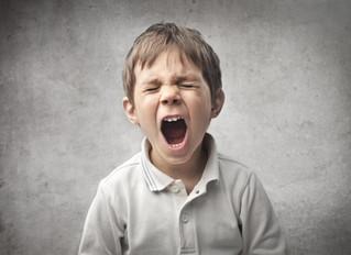 Cómo hablar a un niño enfadado