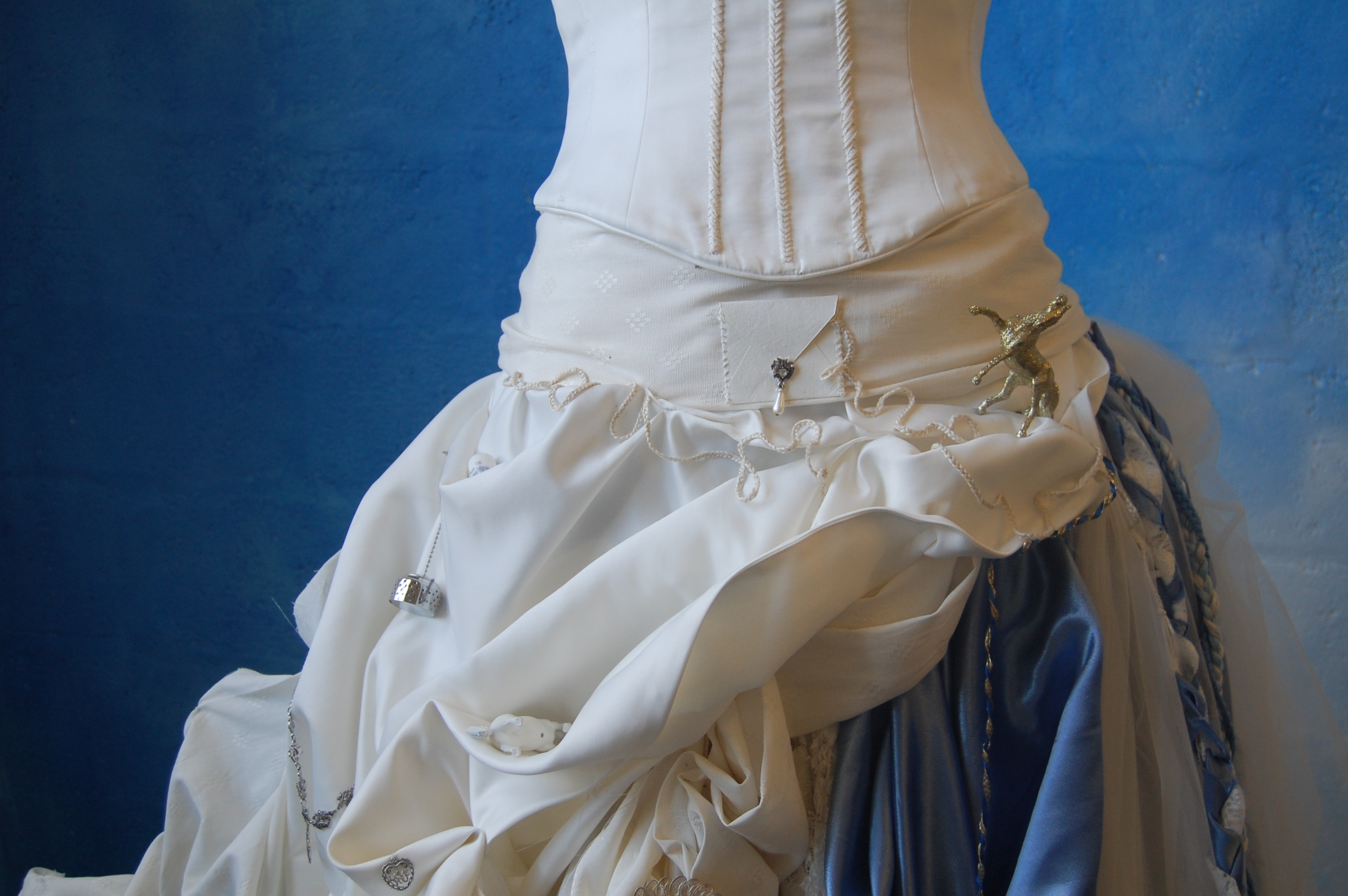 The Dress - detail