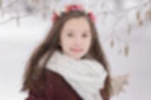 Ședință foto fetiță în natură iarna