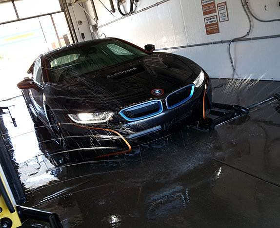 Autowash touchless self serve dog wash denver co your neighborhood car wash has been upgraded because we know you love your car at autowash we have superior touchless and self serve car washes to help solutioingenieria Gallery