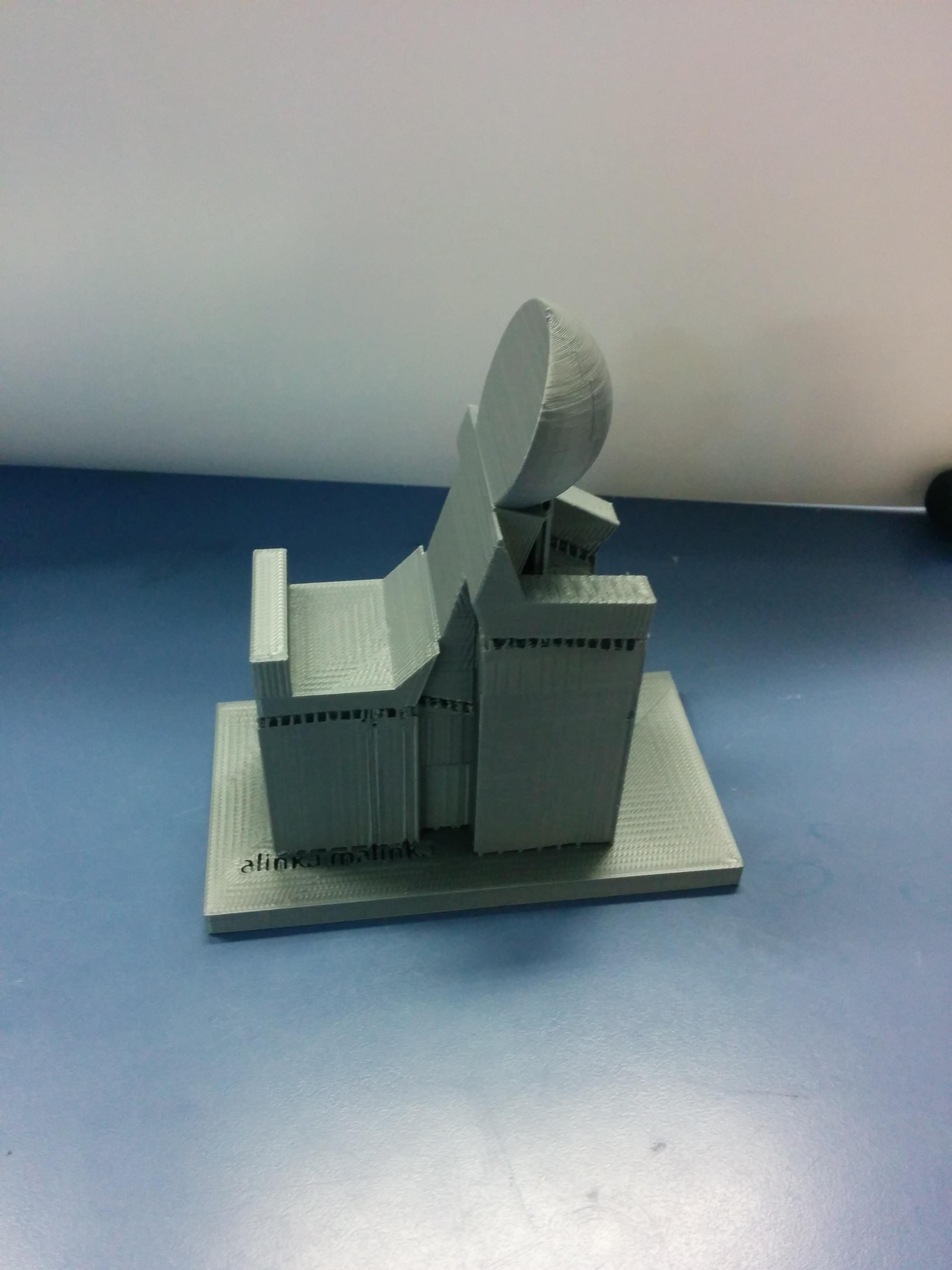 סטנד לטלפון בהדפסה תלת מימדית