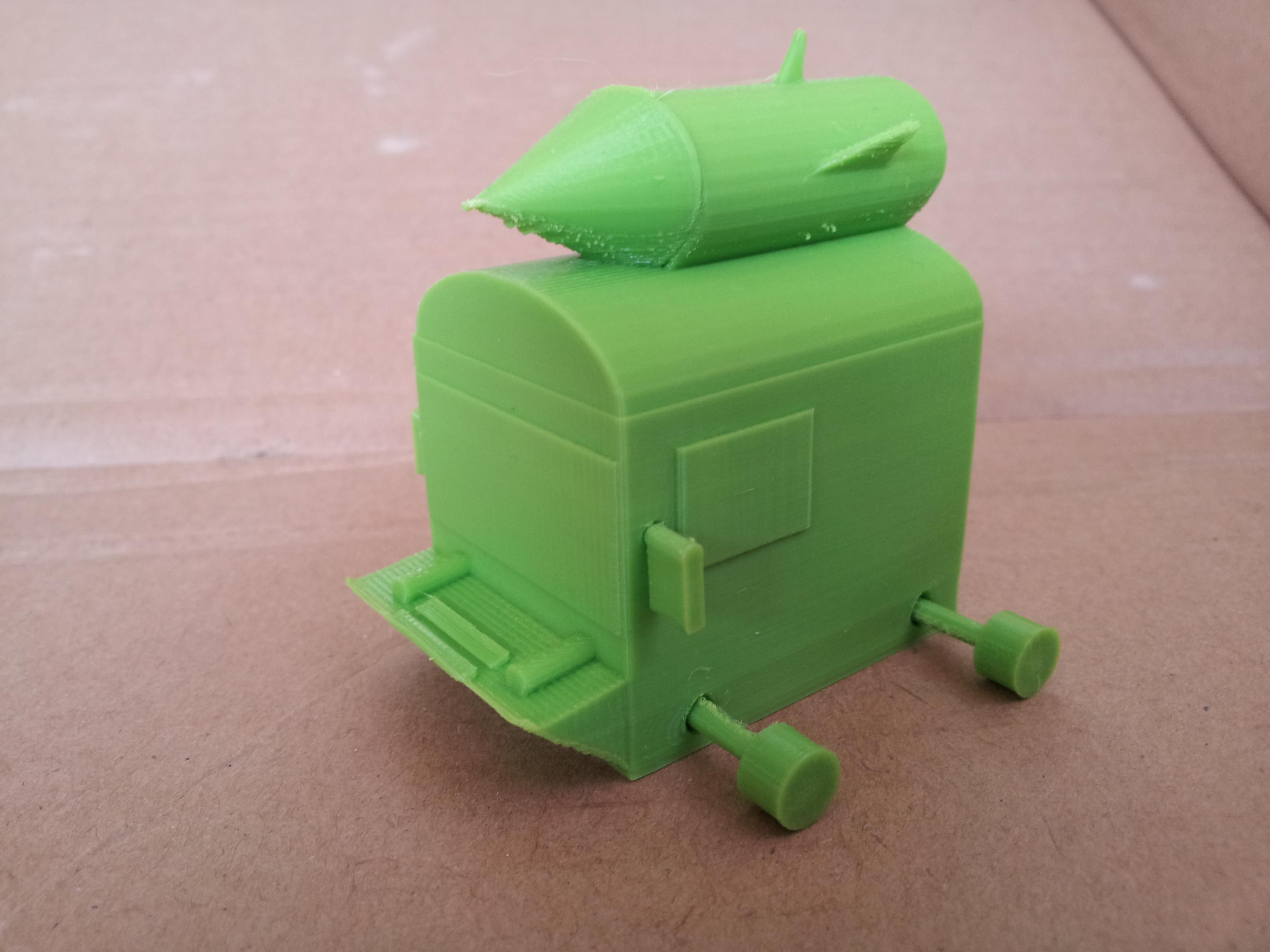 משאית עם טיל בהדפסה תלת מימדית