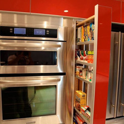 Custom Pullout Pantry