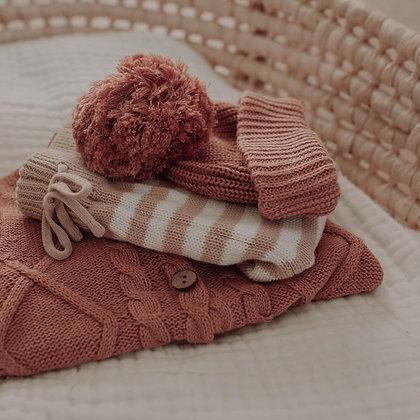 BUCK & BAA || Strawberry Sweater