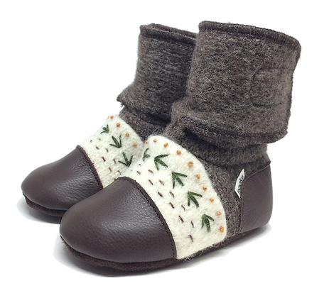Nooks || Embroidered Bootie