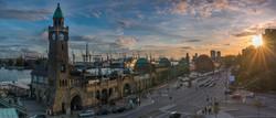 Hamburg_Landungsbrücken