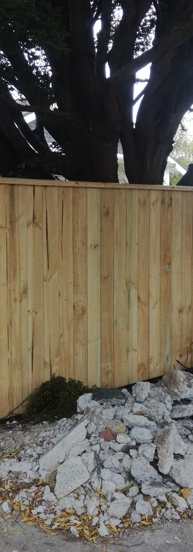 New 1.8m Butted Paling Front Fence