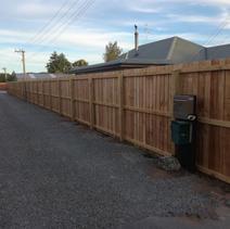 Single Overlap Plaing Fence