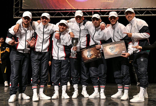 remise du premier prix hip hop switzerland / Black Diamond's / Ivo Ribeiro / Alexi Rodrigues / Jorge Ferreira / Thomas Fraga / Dany Da Silva / Danny Vicente / Marco Da Silva