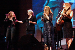 Amber shares the stage with Paula Cole,  Tierney Sutton &  Dar Williams at the Suffolk Theater, Riverhead, NY.