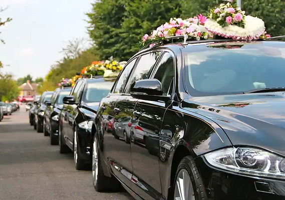 funerale secondigliano con 5 carri