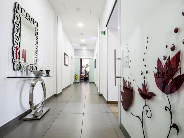 moderno corridoio hotel 3 stelle bruman salerno