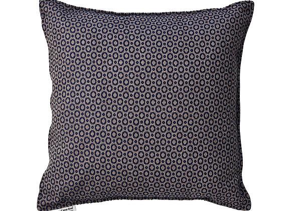 Dot scatter cushion 50x50x12 cm (5240Y)