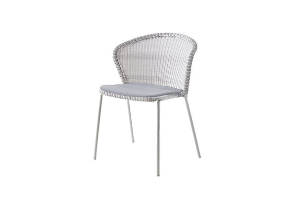 Lean chair, stackable, Cane-line Weave (5410)