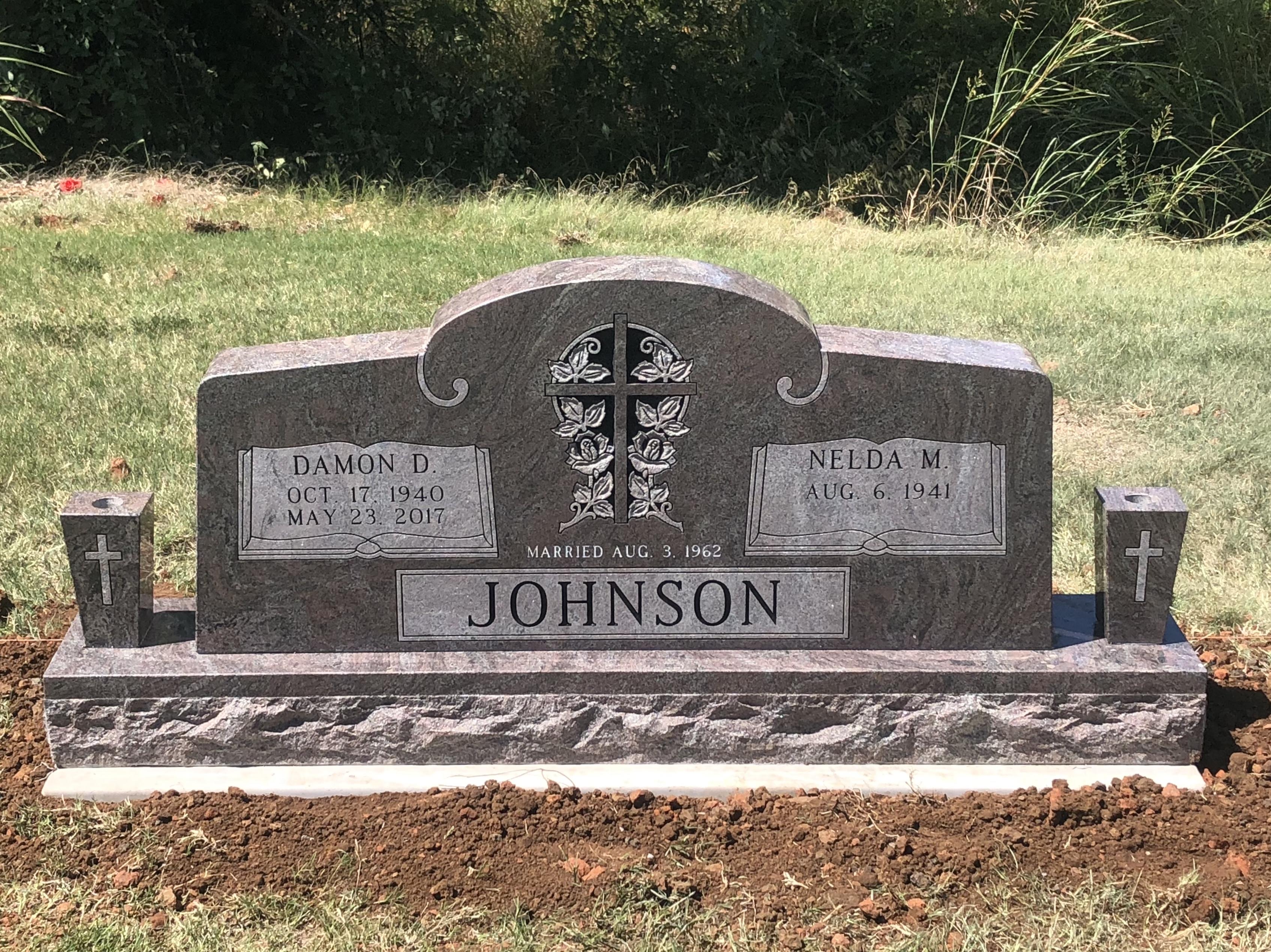 Paradisio Granite Cemetery Monument