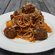 Mom's Spaghetti & Meatballs