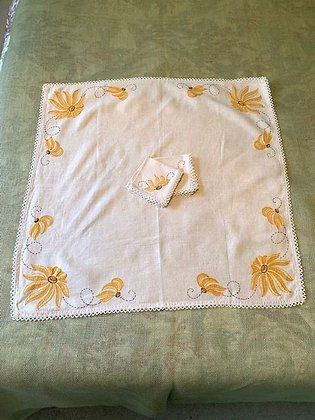 Tablecloth and Napkins.
