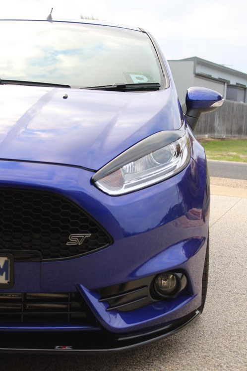 Fiesta MK7.5 ZS/ST180 Headlight Brows | triplercomposites