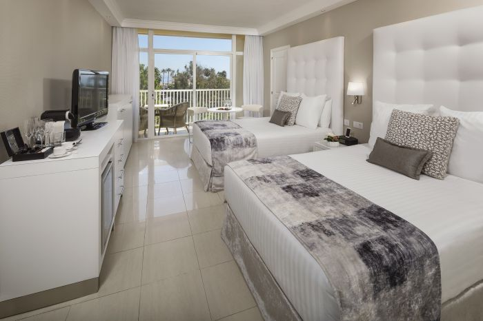 normal_12MeliaMarbellaBanus-Premium_Room_Twin_Beds_2B_Supl