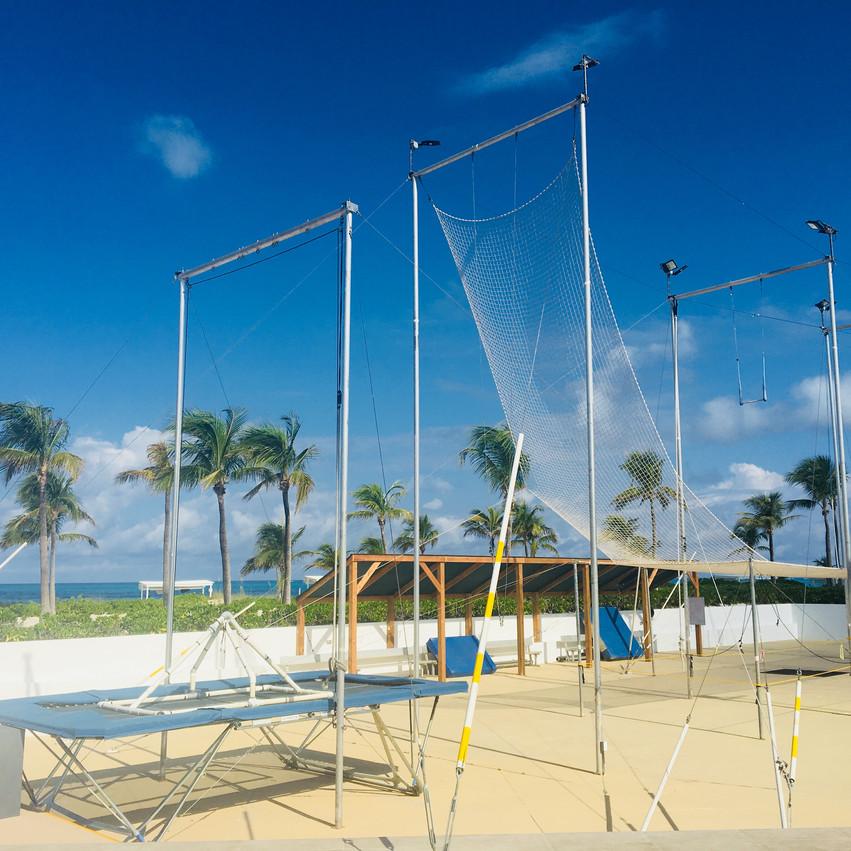Club Med Turquoise, Voyages Isana