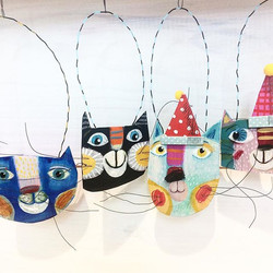 this is my new work hangin in #rapperswil in the balmstiftung herrenweg 33 #papermache #papercat #ch