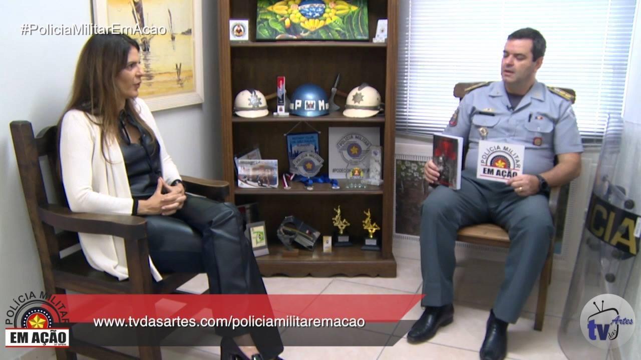 Polícia Militar em Ação - Escritora Roberta Baroni