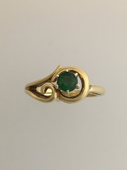 14k Yellow Gold .25 Emerald Ring Size - 3