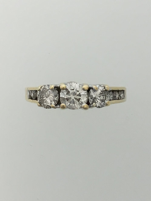 10k Yellow Gold One Carat Total Weight Ring Size - 5