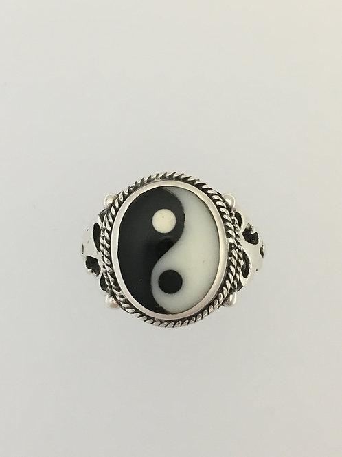 925 Yin Yang Ring Size - 7