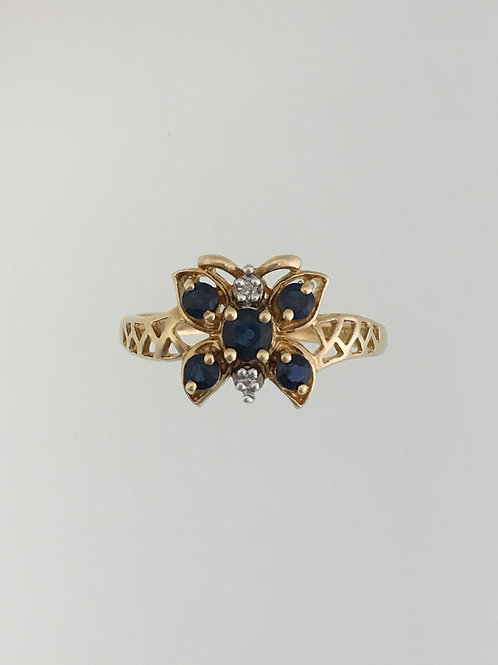 10k Yellow Gold, .25 Sapphire and .01Diamond Ring Size - 6 1/2