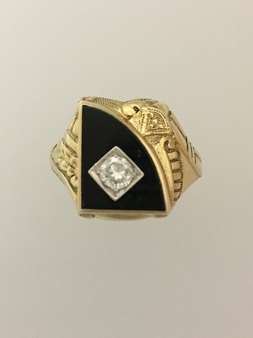 10k Yellow Gold .30 TW Diamond & Onyx Ring Size - 11 3/4